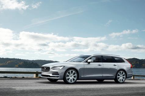 01_Volvo-V90.jpg