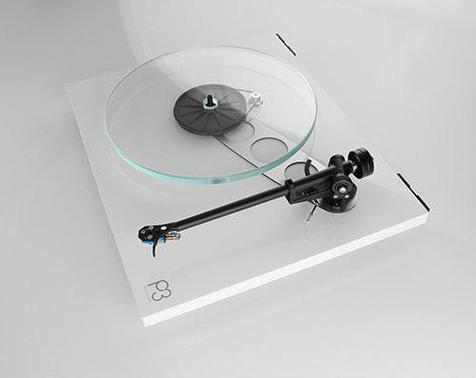 rega-planar-3-turntable-gloss-white-no-cartridge-rega-5_500x398.jpg